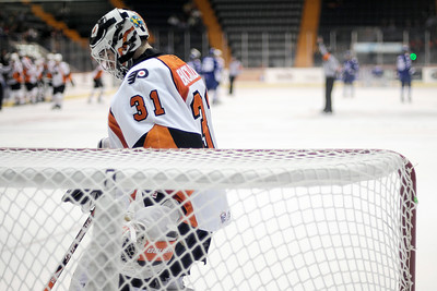 Phantom Goalie johan Buckland pauses to reflect a moment during a crushing defeat from the Toronto Marlies Thursday. Photo Eric Jenks 11/11/10