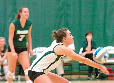 Skidmore volleyball player Lauren Dinsdale. Ed Burke 9/23/09