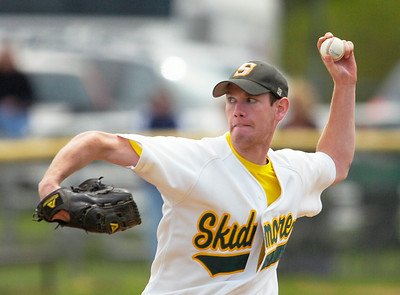 Skidmore's Ed Reilly pitches against RPI during the first of Saturday's doubleheader at Castle Diamond. Ed Burke 5/2/09