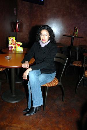 Celebrando con amigos en el bar Chamucos