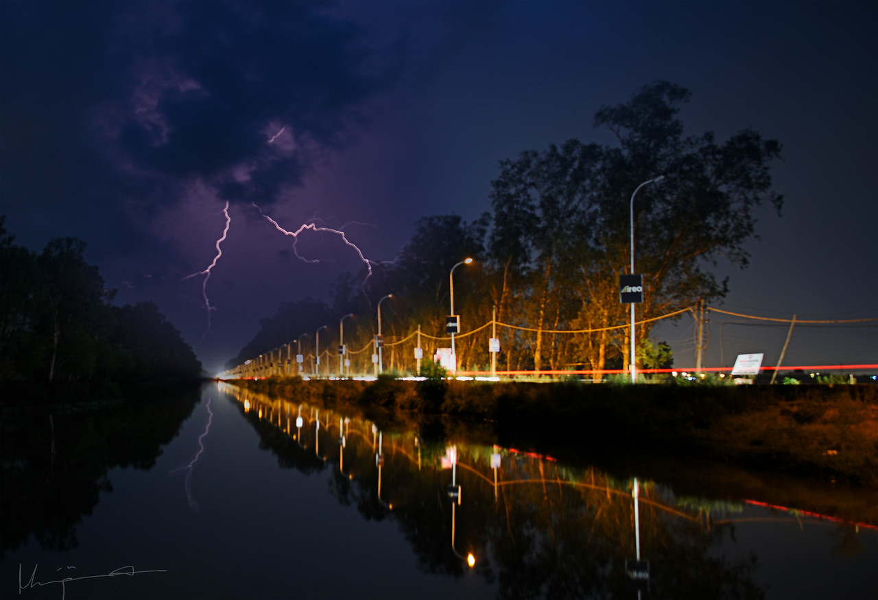 Sidhwan Canal by Night