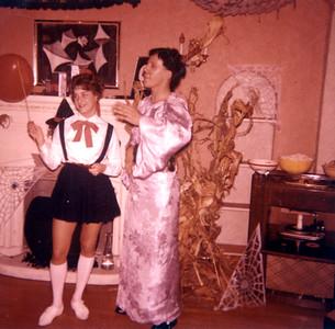 1963 11MomDadMeet