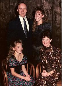 1990Lisa Gina Mom Dad