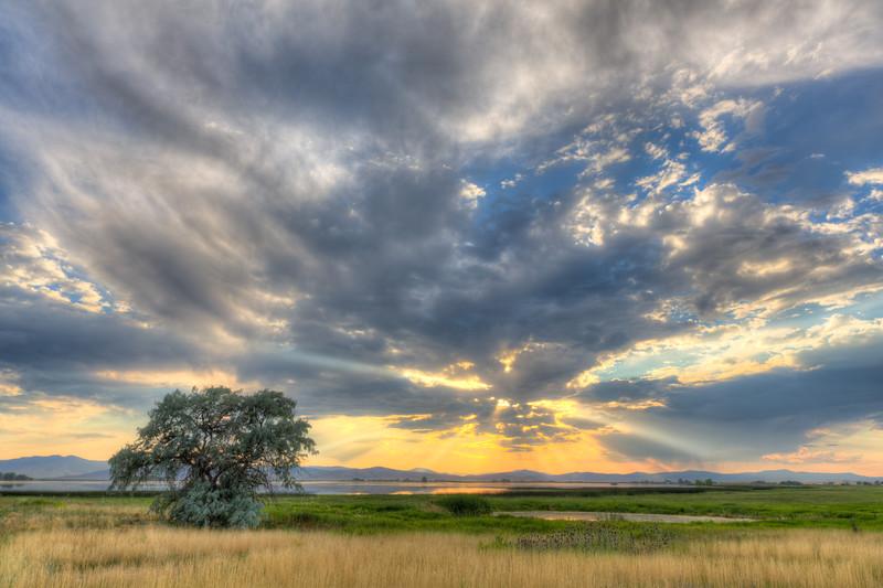 God rays over Ninepipes Reservoir