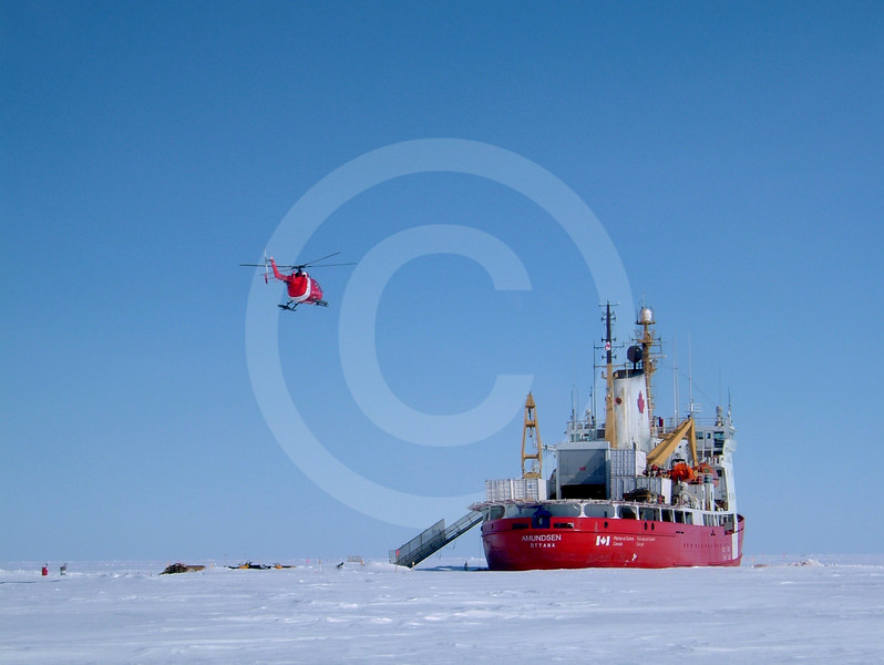 (27) The CCGS Amundsen during the 2003-2004 overwintering in the Amundsen Gulf