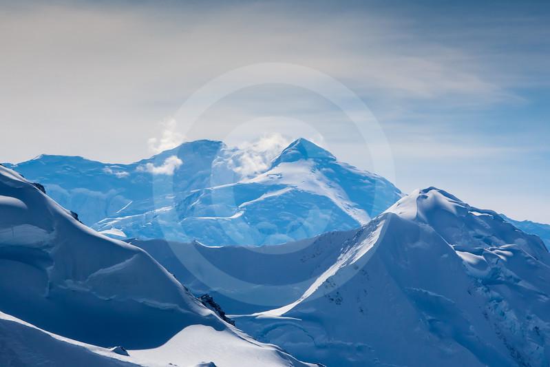 (711) Mt. Logan, St. Elias Mountain Range, Kluane National Park, Yukon