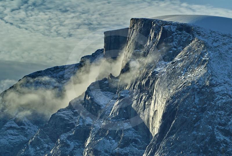 (284) The majestic cliffs of Gibbs Fjord, Baffin Island, Nunavut