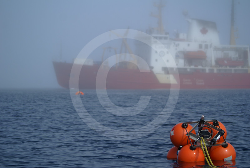 (584) Deployment of an ArcticNet oceanographic mooring from the CCGS Amundsen in the Beaufort Sea