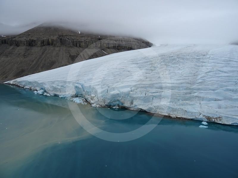 (2194) Small unnamed glacier in Blanley Bay