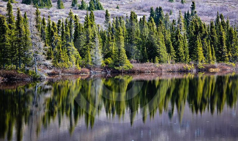 (672) Shores of Lac-à-l'Eau-Claire, Nunavik