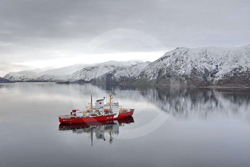 (92) CCGS Amundsen in Nachvak fjord, northern Labrador