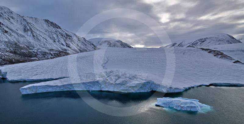 (242) Glacier flowing into Makinson Inlet, Ellesmere Island, Nunavut