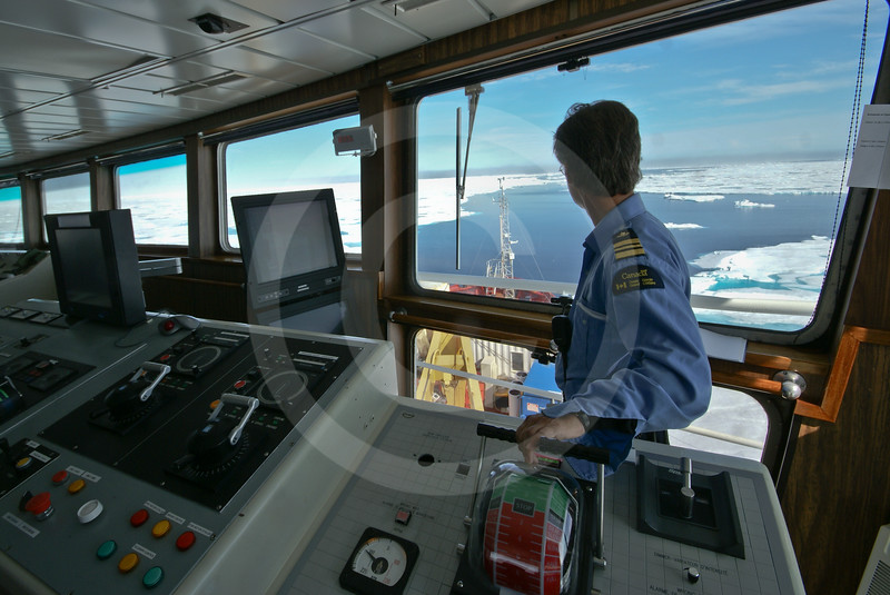 (610) Wheelhouse of the CCGS Amundsen