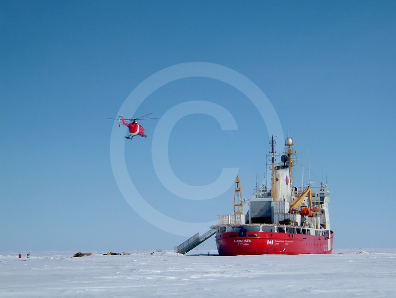 (191) The CCGS Amundsen during the 2003-2004 overwintering expedition in the Beaufort Sea