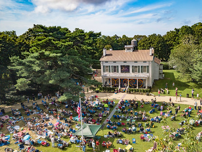 Deepwells Farm Woodstock revival