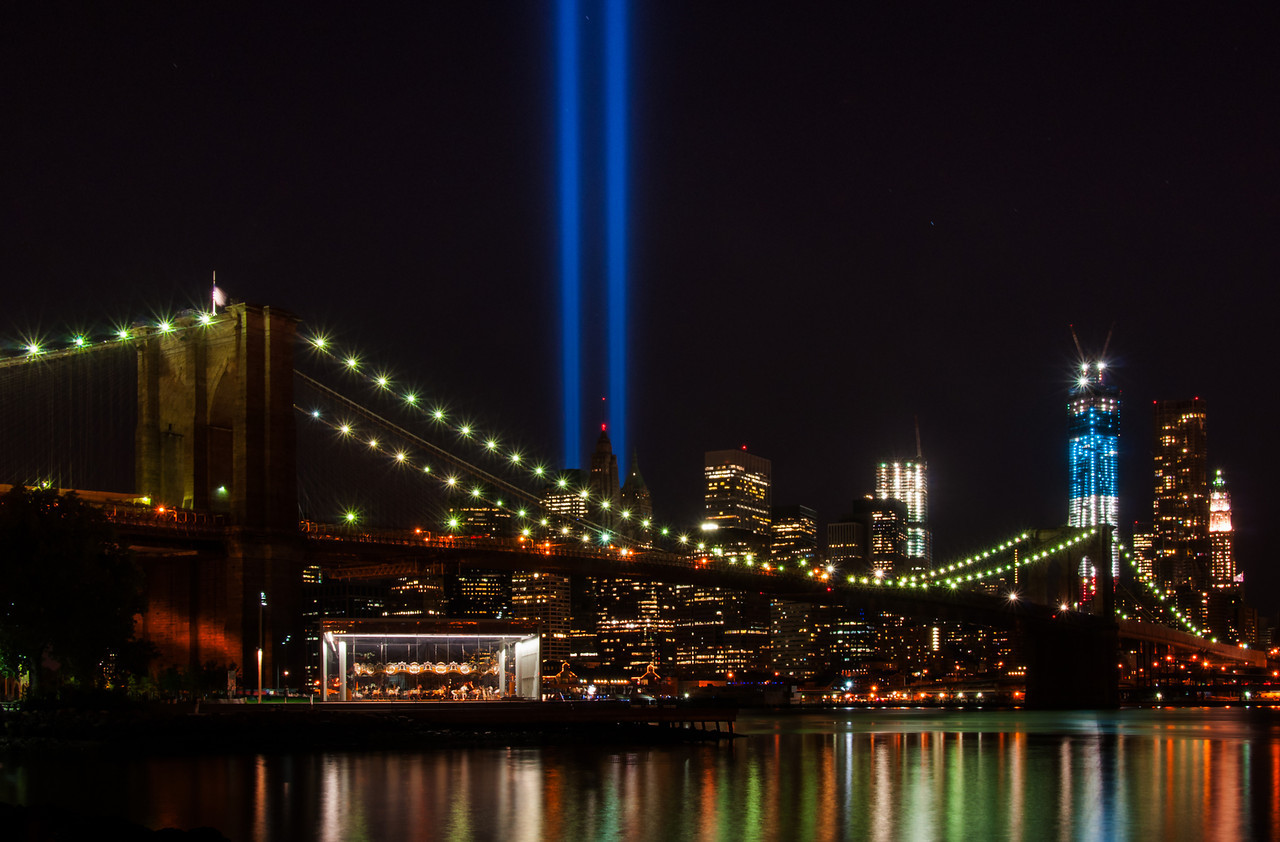 Tribute In Lights-2013 Brooklyn Bridge Park