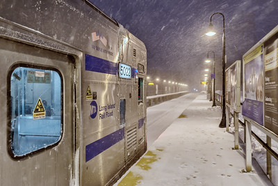 Winter Storm Jonas, LIRR Rescue Train