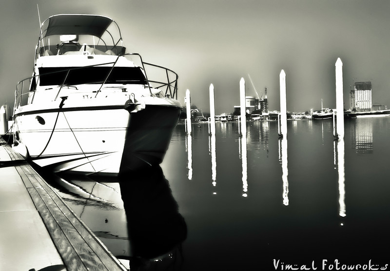 Dubai Festival City, Fishing, shot using Nikon D700, By Vimal Nathan