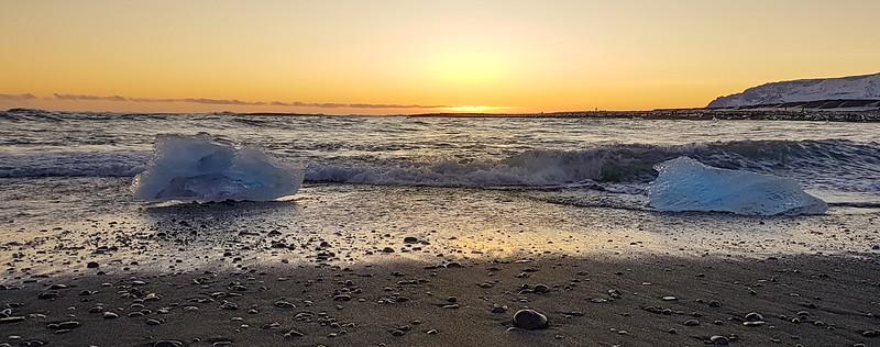 Black Sand, Icebergs, Sea & Sunset