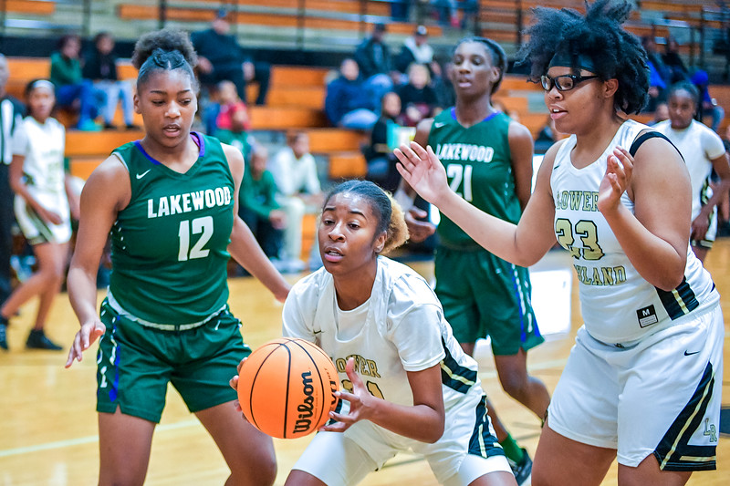 LRHS VAR Girls vs Lakewood-7302