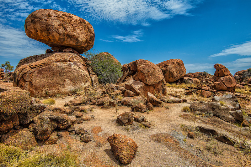 400 000 000 years of Devils Marbles. Amazing place.