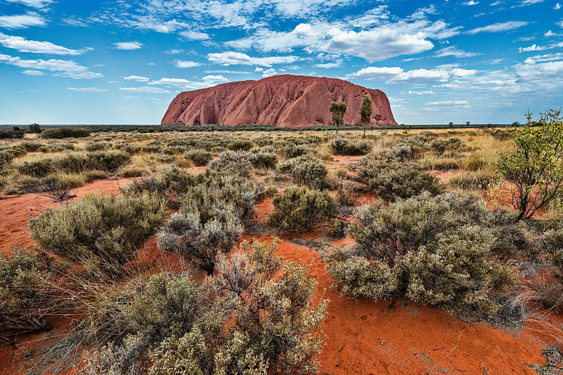 Short cut to Uluru Rock
