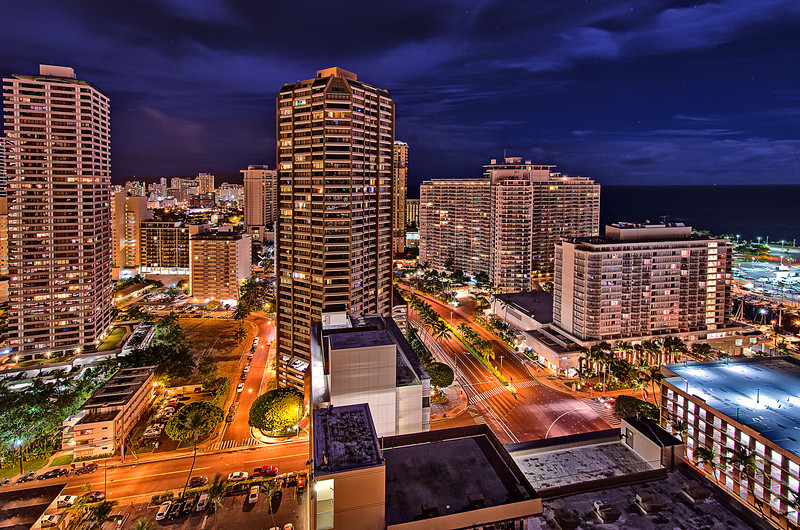 Honolulu @ night