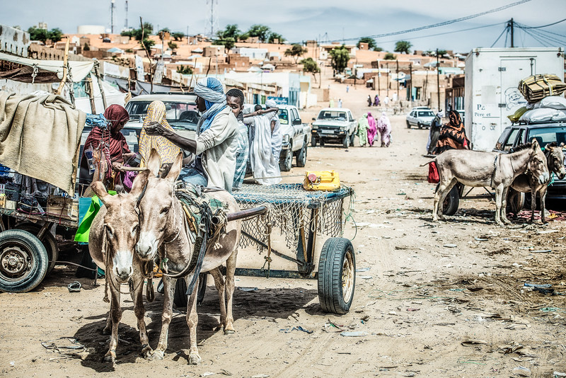 Traffic jam in Kiffa. Mauritania.