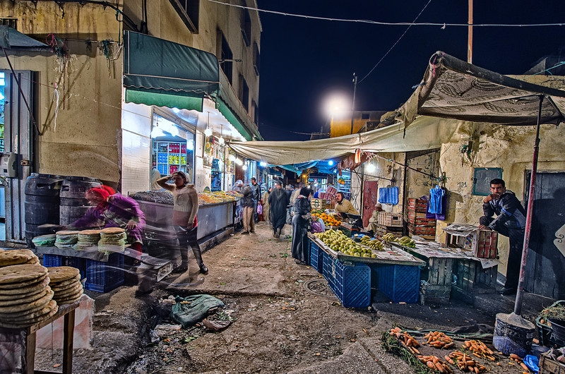 Unforgettable Midnight photowalk in city Food Souk.