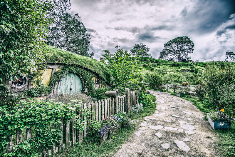Looking for Hobbits. New Zealand. Metro-Goldwyn-Mayer Studio.