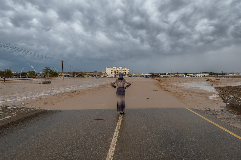 Flood's in 5 min... Oman. Got cut from both sides of the road...