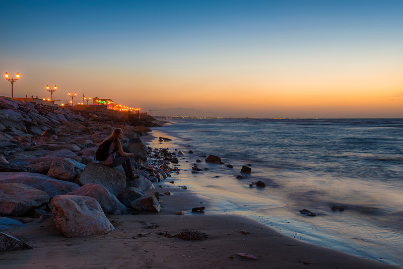 Waiting for Sun goes down, Muscat, Oman
