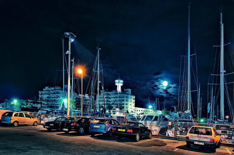 Empuriabrava @ night