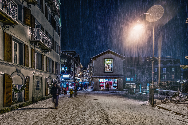 Snowy night in Zermatt