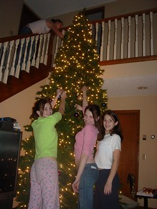 Sammy D. decorates upstairs while Samantha H, Elizabeth, and Nickole take care of downstairs.