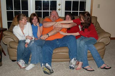 Hodoway girls tickling daddy!