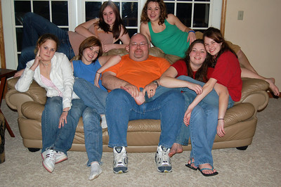 Jon and all his girls: Couch left to right: Sarah, Samantha, Jon, Ashley and Liz. Back row left to right: Sammy and Nickole