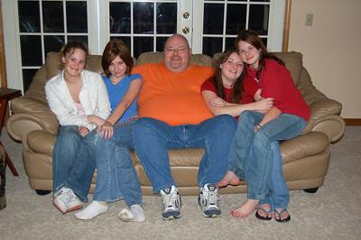 Left to right: Sarah, Samantha, Jon, Ashley and Elizabeth Hodoway