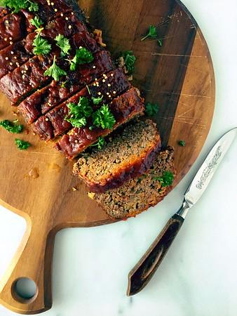Zesty Tomato-Glazed Meatloaf