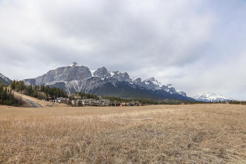 Three Sisters Peaks & Canmore, AB-26