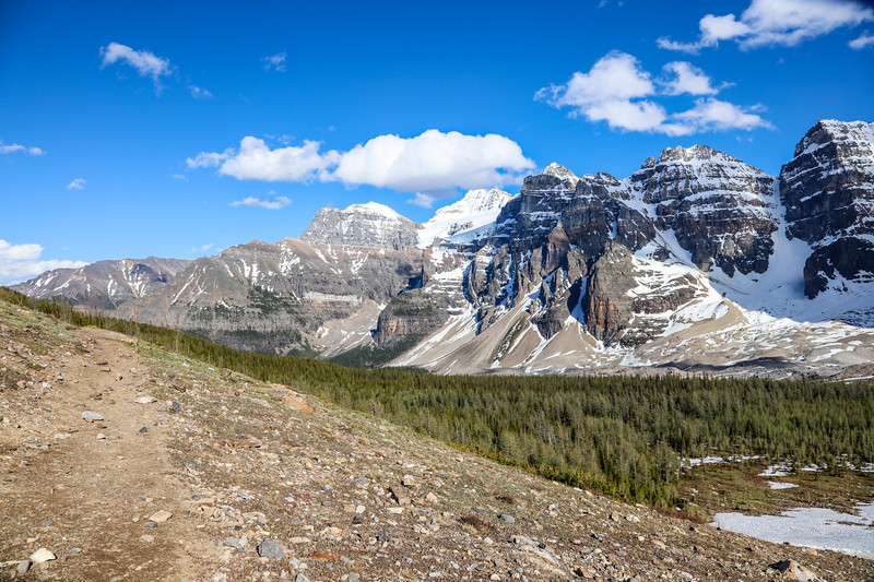 Valley of the Ten Peaks-3