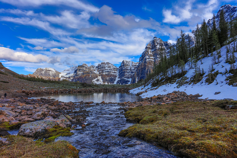 Valley of the Ten Peaks-52