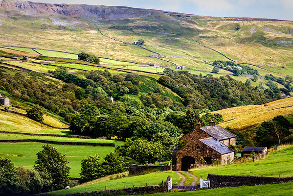 North Yorkshire Farmhouse and outlying farm buildings...