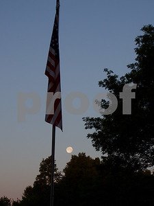 full moon freedom  Photographer's Name: lisa larson Photographer's City and State: genoa, IL