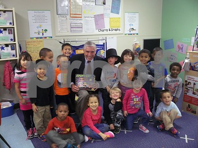 Representive Pritchard with the Pre-K class at KinderCare.  Photographer's Name: Randi  Olson Photographer's City and State: DeKalb, IL