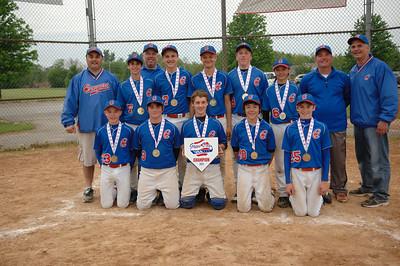 Elmhurst Cougar Blue 14u Champions in Stars and Strikes Tournament  Photographer's Name: Joseph Giralamo Photographer's City and State: Elmhurst, IL