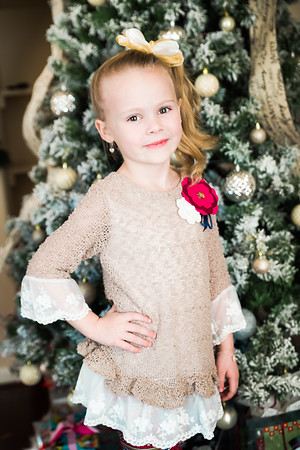 How can she possible be 6?! She looks like such a big gorgeous little girl!