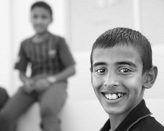 """Brincadeiras de crianças. Bahrain.<br /> Ao ouvirem o nome Portugal, a resposta típica das crianças é """"Cristiano Ronaldo"""".<br /> 2013"""