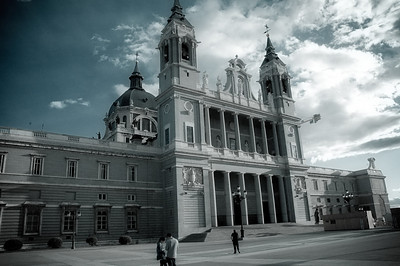 Another view of Almudena Cathedral.