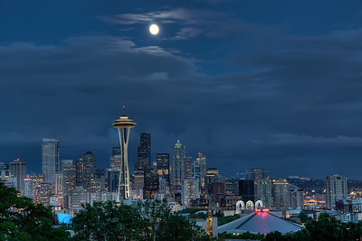 The skyline at 9:37 p.m.  (High Dynamic Range image)